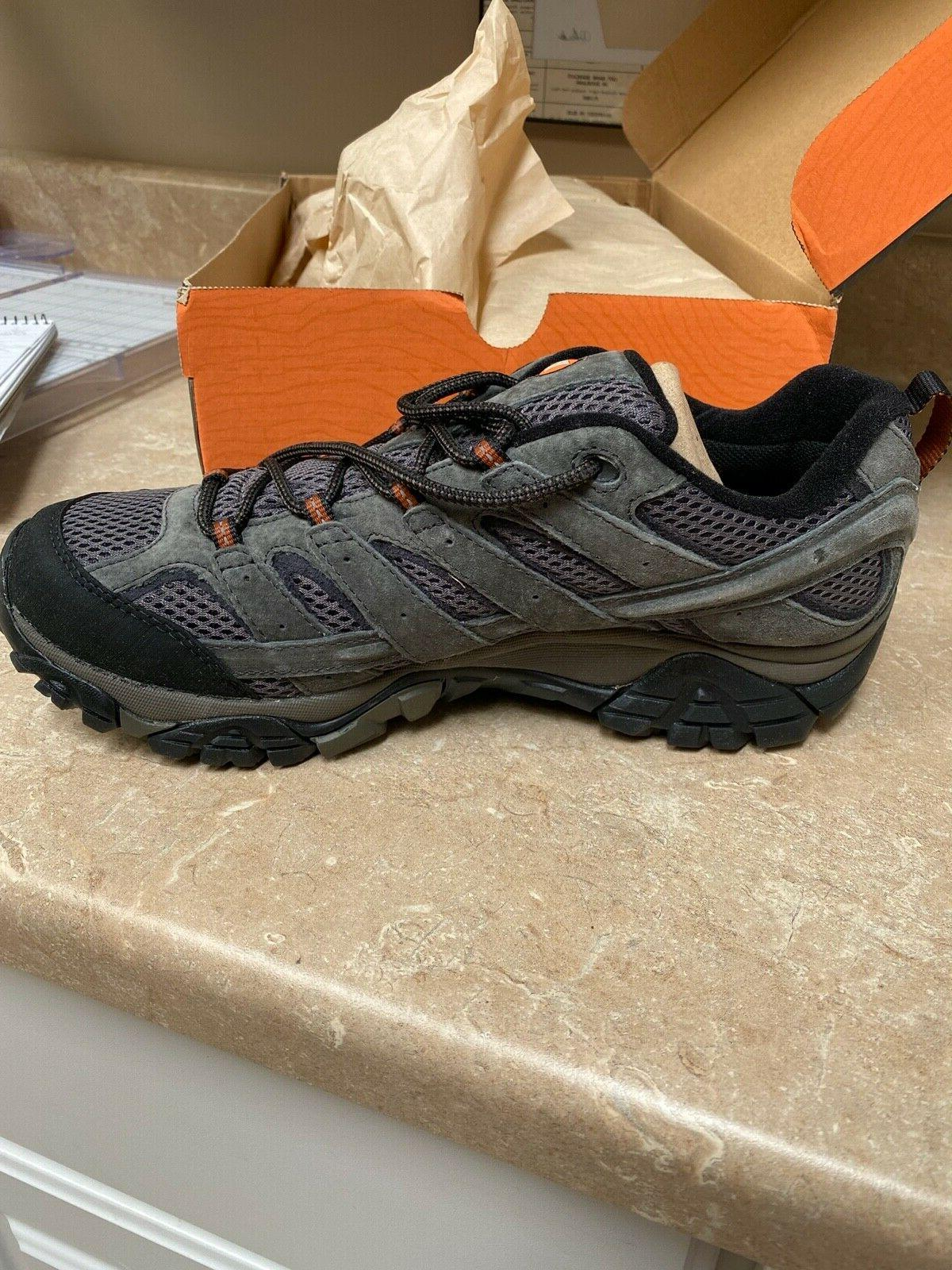 NEW Merrell 2 Shoes